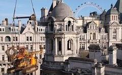 london_corinthia_hotel_craned_rig
