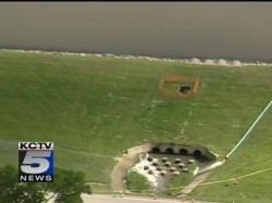 Sinkhole on Lees Summit Dam in Missouri