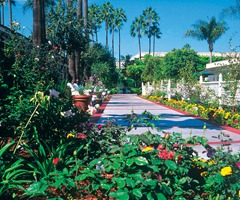 Beautiful grounds of the Town and Country Resort and Hotel in San Diego