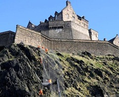 Rockfall fence being installed at Edinburgh Castle