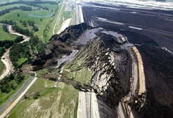 Open pit mine landslide in Turkey