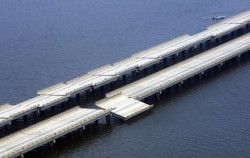 Hurricane Katrina damage to the Interstate 10 Twin Spans