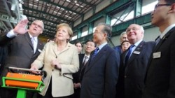 Dr. Angela Merkel, German Federal Chancellor and Wen Jiabao, Premier of the People�s Republic of China tour a Herrenchnecht Facility in Guangzhou