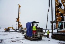 HBM's Screwsol piling rigs installing foundation for new Lego factory