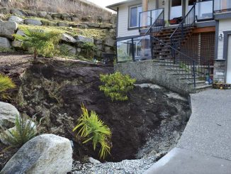 2015 sinkhole in Sechelt's Seawatch neighborhood