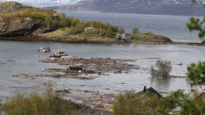 The aftermath of a landslide near Alta municipality in Norway. Photo: Hanne Larsen / Altaposten